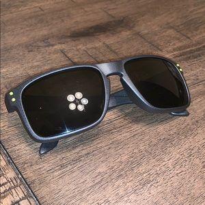 Men's Oakley Sun Glasses